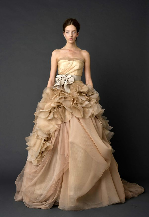 Vera Wang Wedding Dress Latte