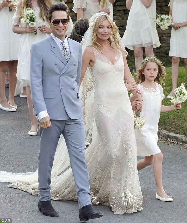 Kate Moss Wedding Pictures Vintage Inspired Galliano Gown