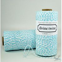 colored twine1 Beautiful Burlap Wedding Ideas
