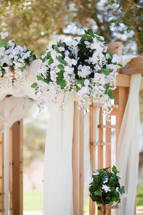 rustic weddings2 DIY Ahmanson Ranch Wedding by The Youngrens