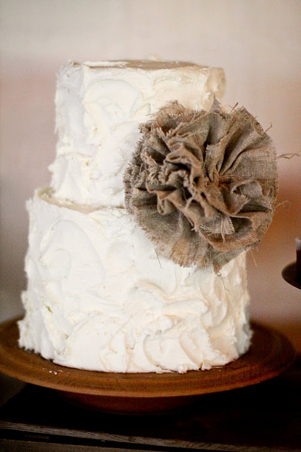 Burlap Lace Rustic Wedding Cake