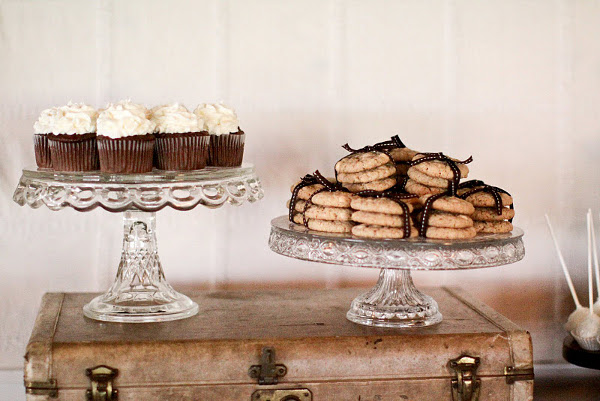 Vintage Brown Dessert Buffet