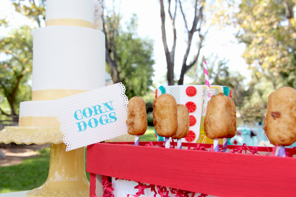 carnival corn dogs1 Vintage Summer Carnival Wedding Theme