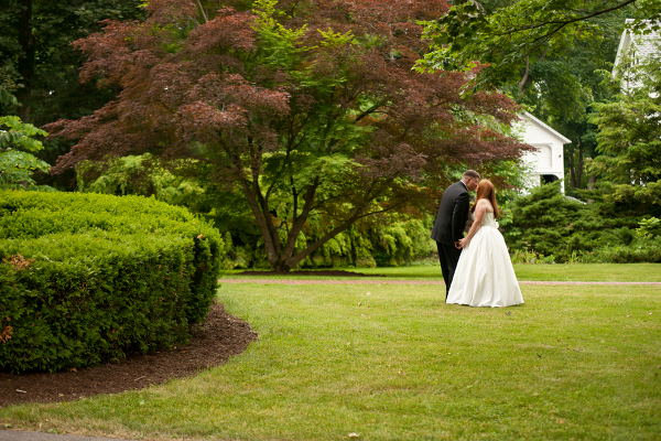 diy newark new york wedding Homemade Garden Wedding in Newark New York