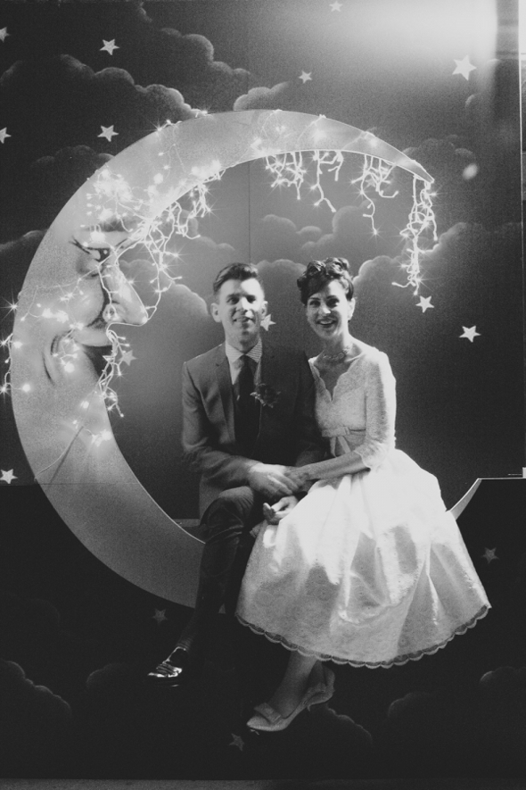 vintage moon photo backdrop Gorgeous Photo Booth Ideas For Your Wedding Reception