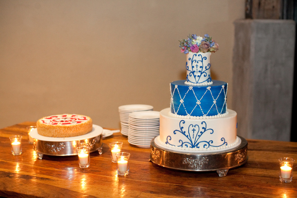 Navy & Cream Wedding Cake