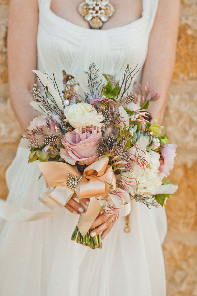 rose and feather bouquet {Bouquet Inspiration} Romantic Rose and Feather Bouquet