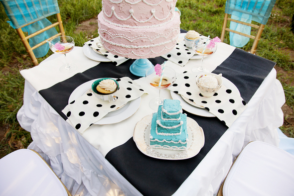 Tea Party Wedding Table Ideas