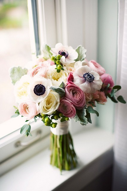 black pink white wedding bouquet {Bouquet Inspiration} Black Pink & White Wedding Bouquet