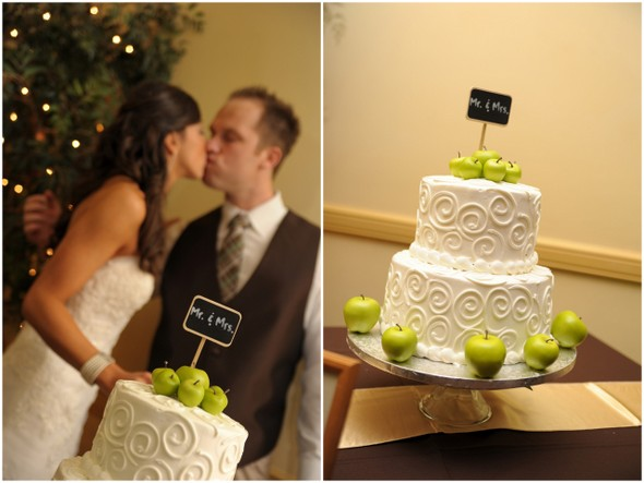 Chocolate brown and apple green wedding wedding cake apple green decorations junglespirit Gallery