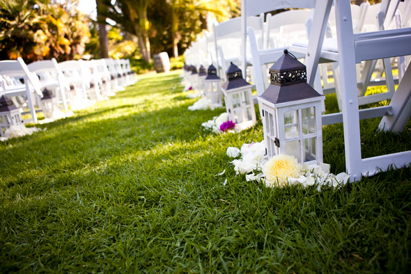 White Lanterns Aisle Decor