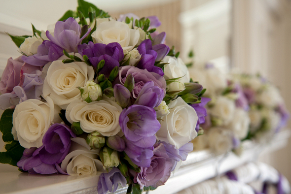 Mauve and White Wedding Flower Arrangements