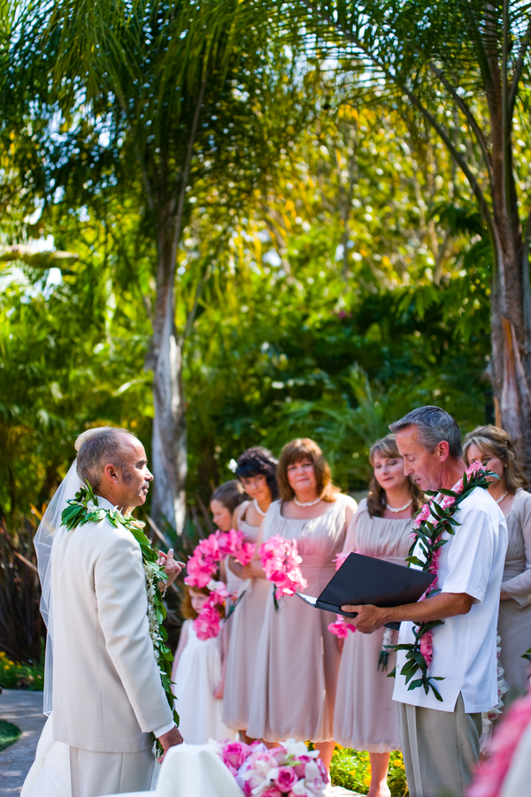 Hawaii Theme Wedding Ceremony