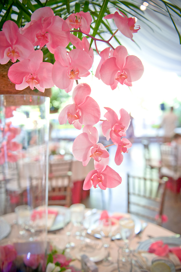 Hawaii Theme Wedding Flowers