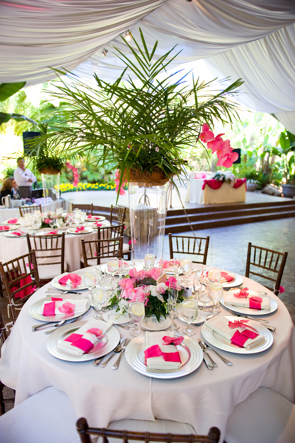 Hawaii Theme Wedding Table Decorations