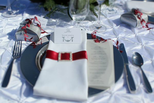 snow white inspired table setting1 Snow White Inspired Wedding Shoot by Cathy Lee Photography