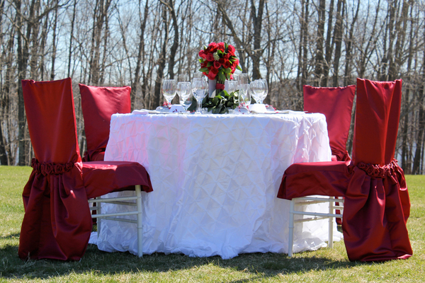 Snow White Inspired Wedding Table