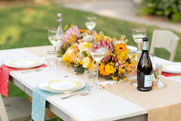 Vintage Chic Wedding Theme Table
