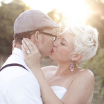 vintage-glam-barn-wedding-bride-shoot