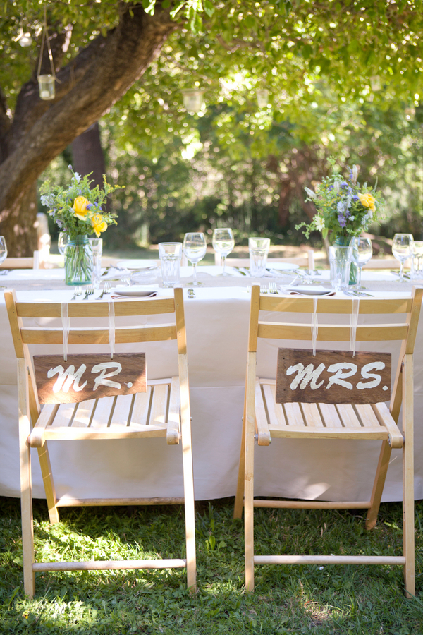 rustic mr and mrs chair signs Your Favorite Weddings of 2012
