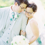 How To Choose Glasses For Your Wedding Day