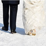 How to Host a Winter Wedding
